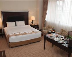 Çinar sanatoriyası (Chinar Hotel & Spa Naftalan 5*)